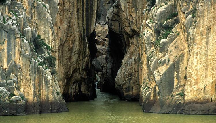 The amazing Desfiladero de los Gaitanes gorge