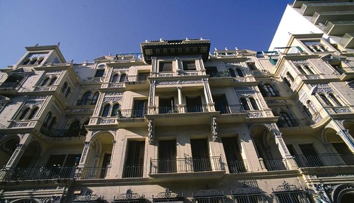 Paseo de Reding, 19th century architecture in Málaga