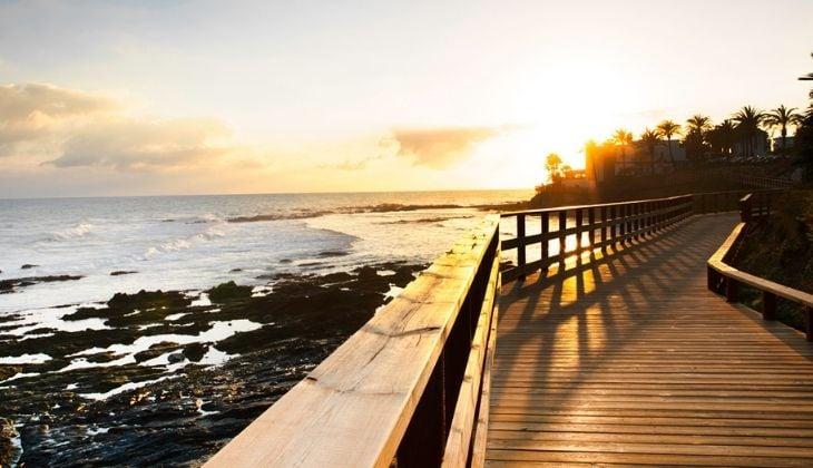 Visita la gran senda litoral en Málaga