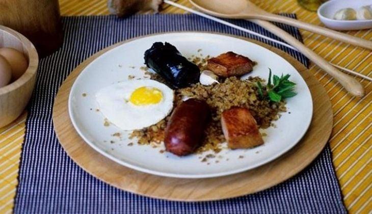 Huevos a los bestia, recettes faciles de Malaga