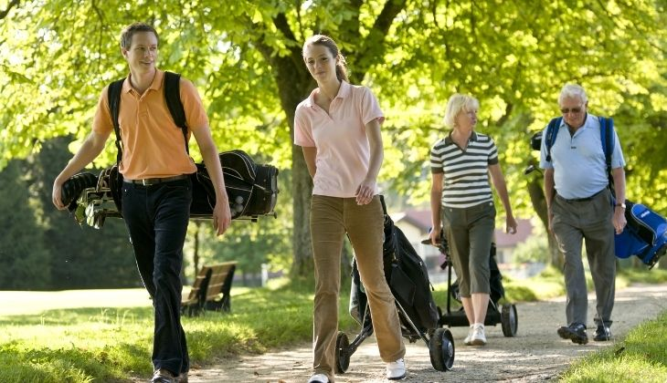 Physical activities to do with older people