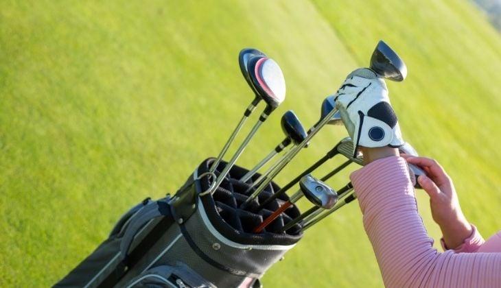 Aprender a utilizar los tipos de palos de golf en la Cosa del Sol