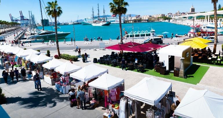 Compras aire libre_Muelle Uno_Costa_del_Sol