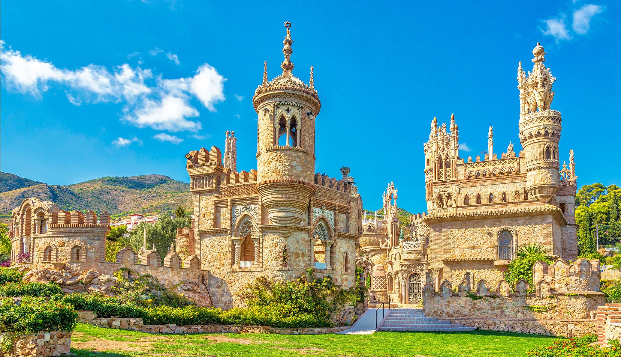 Découvrez la plus petite église du monde au Château de Colomares