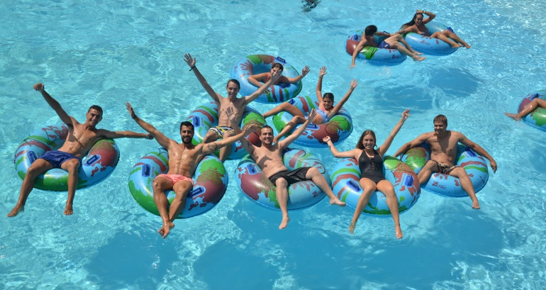 Immerse yourself in the fun of the water parks on the Costa del Sol