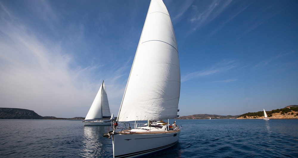 How to take care of the sails on your sailing boat: 6 tips
