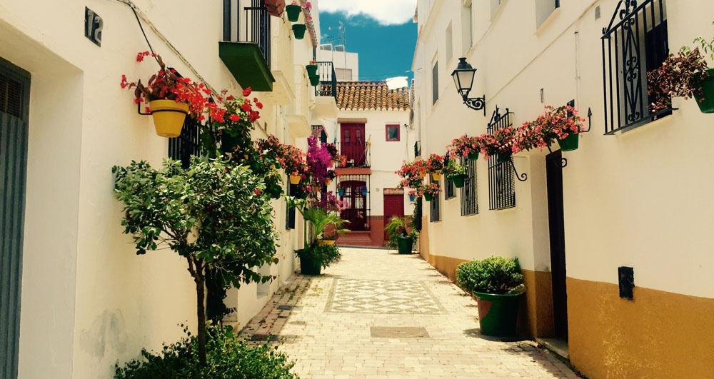 Estepona, une destination mariant fleurs et mer