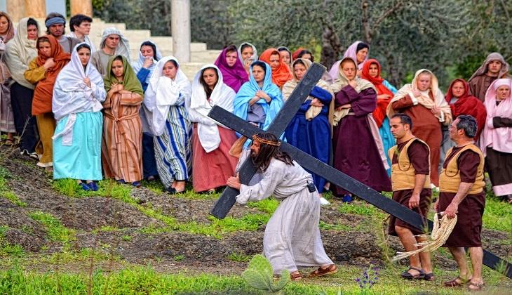 Profitez de la Semaine Sante dans les villages de Malaga